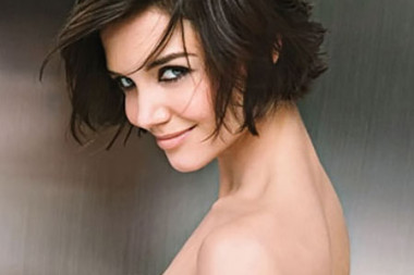 Will Katie Holmes start smiling now?